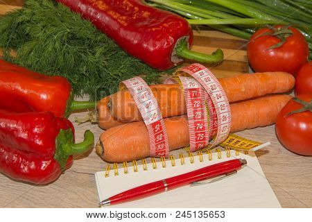 The Idea Of Healthy Diet, Dietary Breakfast. Losing Weight With The Help Of A Vegetables Diet. Low-f