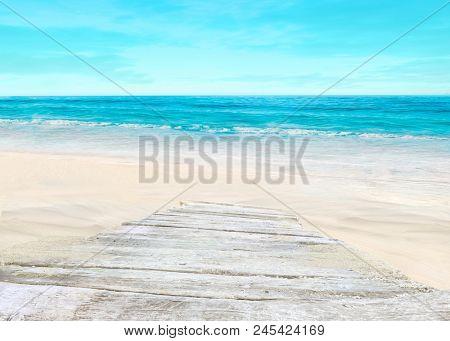 Way to the beach.