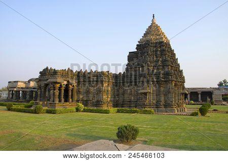 The Mahadeva Temple, Was Built Circa 1112 Ce By Mahadeva, A Commander In The Army Of The Western Cha