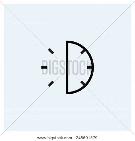 30 Minutes Icon Vector Icon On White Background. 30 Minutes Icon Modern Icon For Graphic And Web Des