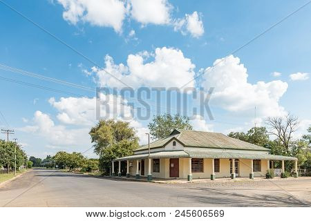 Wepener, South Africa - April 1, 2018: A Street Scene, With An Historic Old Building, In Wepener In