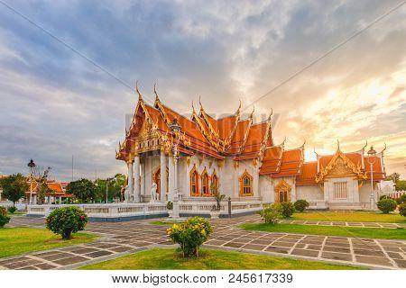 Wat Benchamabophit Dusit Wanaram Ratchaworawihan (the Marble Temple)
