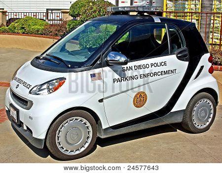 Parkplatz Durchsetzung Hybridfahrzeug