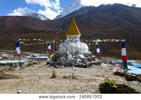 Ancient Stupa In Dingboche, With Prayer Flags, Everest Base Camp Trek, Nepal