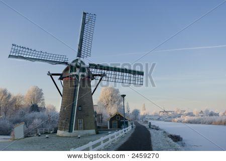 Dutch Winter Mill