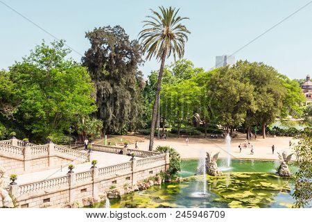 Barcelona, Catalonia, Spain 05/30/2018. Park De La Ciutadella. Barcelona, Spain.