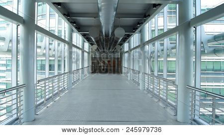 Kuala Lumpur, Malaysia - Apr 12th 2015: Structure Of Skybridge, Located On 41th Floor, That Is 170 M
