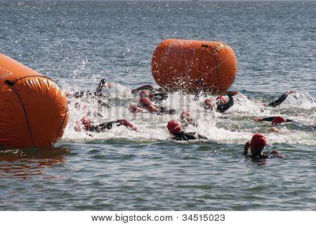 Female Triathlon Start