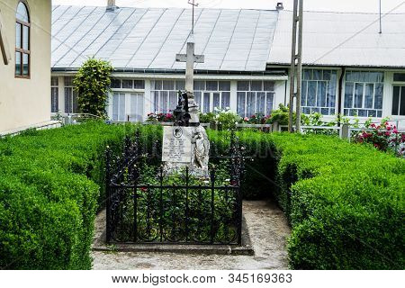 Neamt, Romania - June 22, 2019: The Tomb Of The Writer Veronica Micle, Who Was The Beloved Of The Na