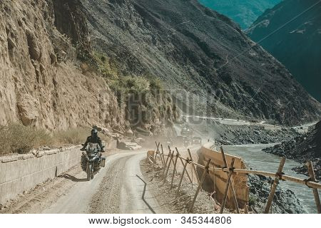 China Yunnan, November 2019 21 Bmw Gsa 1200 The Group Tour Traveling From Thailand To Shangri-la And