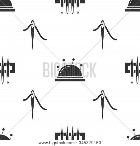 Set Needle For Sewing, Needle Bed And Needles And Needle For Sewing With Thread On Seamless Pattern.