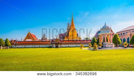 Grand Palace And Temple Of Emerald Buddha Complex (wat Phra Kaew) In Bangkok, Thailand