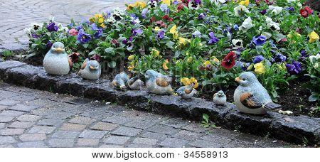ceramics bird family