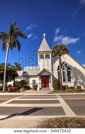 Anna Maria Island, Florida - January 10, 2020: Roser Memorial Chapel Is A Church On Anna Maria, Flor