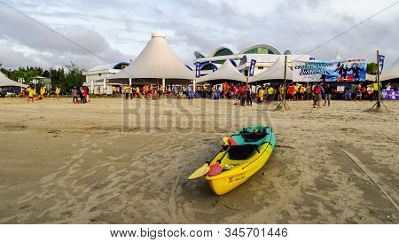 Labuan,malaysia-apr 27,2019:colorful Kayak Moored At Sand Beach During The Annual Labuan Internation