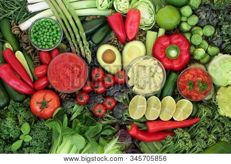 Low glycemic health food for diabetics with green & red vegetables & fruit high in vitamins, minerals, antioxidants, anthocyanins, smart carbs & omega 3 fatty acids. Below 55 on the GI index.