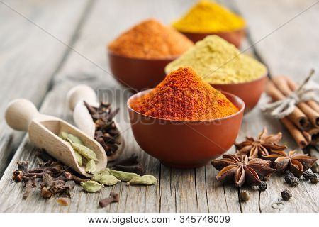 Aromatic Spices And Herbs: Red Pepper, Turmeric, Cardamom, Cinnamon, Cloves, Anise, Paprika. Ingredi