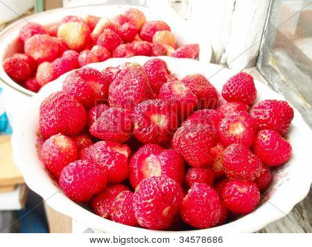 Red Strawberry In  Tableware