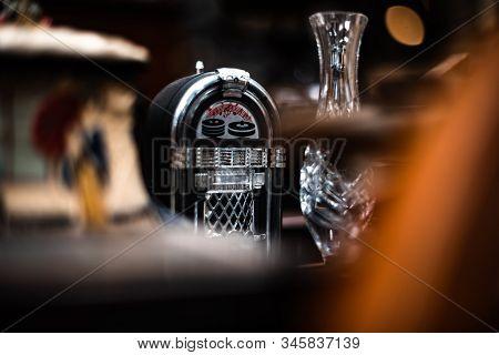 Retro Jukebox Radio Isolated Old Vintage House Items Sale Garage Storage Container Uk Manchester Lon