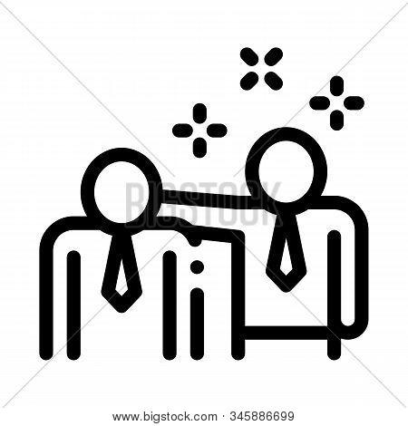 Man Pat Shoulder Icon Vector. Outline Man Pat Shoulder Sign. Isolated Contour Symbol Illustration