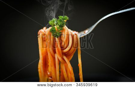 Spaghetti Bolognese Italian Pasta With Parsley In The Restaurant Italian Food And Menu Concept / Spa