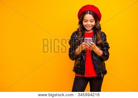 Portrait Of Her She Nice Attractive Pretty Charming Lovely Focused Cheerful Long-haired Girl Wearing