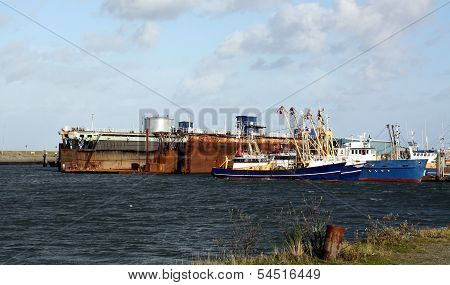 Fishing boats and dry dock
