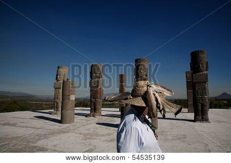 The Giants of Tule
