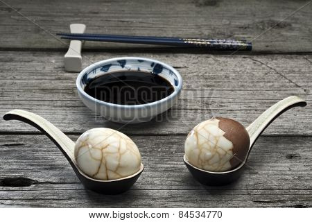 Chinese Tea Eggs With Soy Sauce