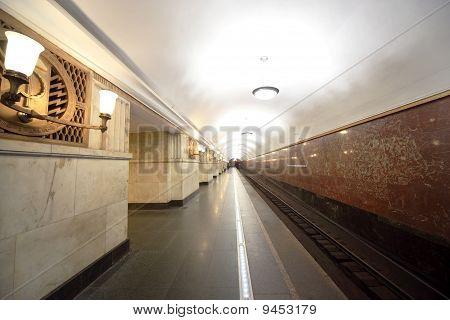 """National Architecture Monument - Metro Station """"elektrozavodskaya"""""""