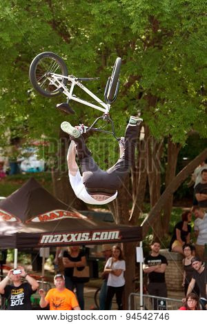 Pro Rider Gets Upside Down Performing BMX Trick In Competition