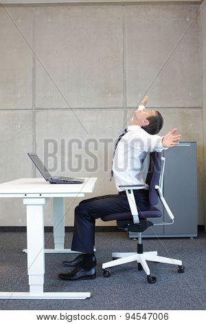 short break for exercise - better efficiency at office work