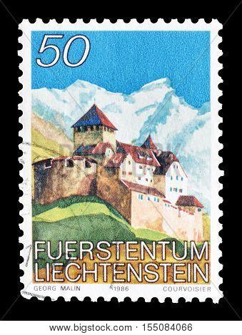 LIECHTENSTEIN - CIRCA 1986 : Cancelled postage stamp printed by Liechtenstein, that shows Castle Vaduz.