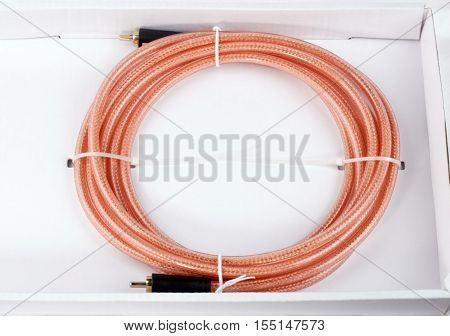 image of one Interconnect Cable in cartoon case