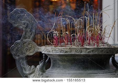 Hanoi, Vietnam, Octobre 22, 2016 : Quan Thanh Temple, In Tay Ho Distrit Of Hanoi. Hanoi Is The Capit