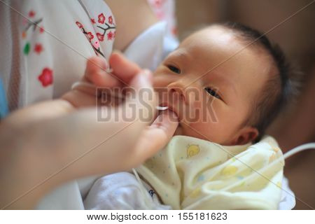 Finger Feeding Breast Milk By Tube