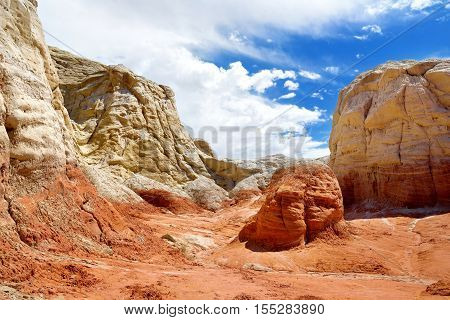 Hoodoo And Paria Rimrocks In The Vermillion Cliffs, Utah
