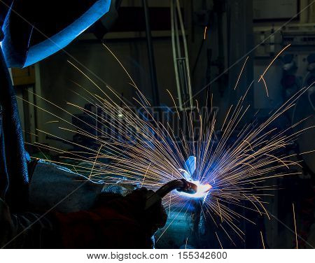 welding argon welding splatter repairman lifestyles light weld