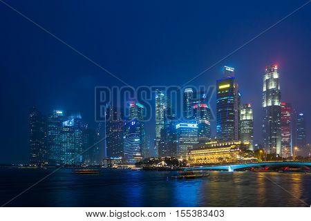SINGAPORE, FEBRUARY 18 2016 : Singapore skyline and view of the financial district, Singapore on February 18 2016