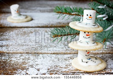 Melting snowmen cookies funny idea for kids Christmas treat