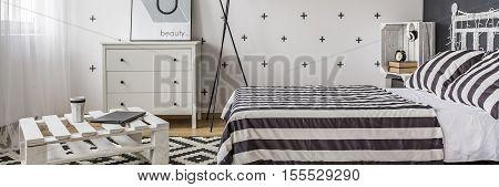 Little Bedroom Arrangement