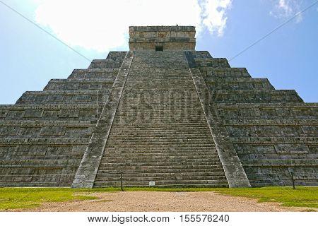 A beautiful view of Chichen Itza. MEXICO.