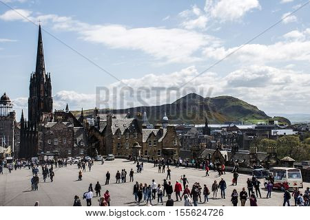 Scotland United Kingdom Edinburgh 14.0 5.2016 - At Castle rock place people enjoying sunny day and view