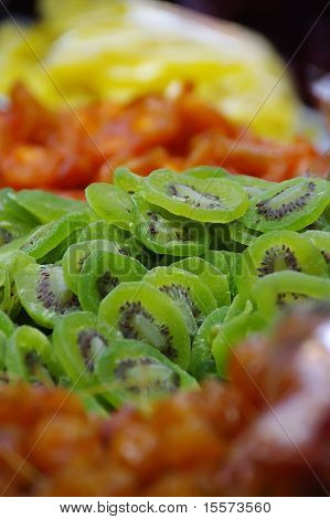 dried kiwi fruit slice