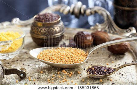 Mustard Seeds, Yellow And Brown