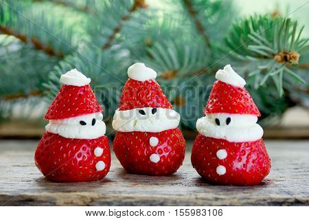 Christmas fun food idea - strawberry Santa Claus healthy and delicious treat for kids