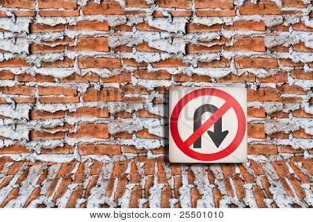 Signs Prohibiting U-turn