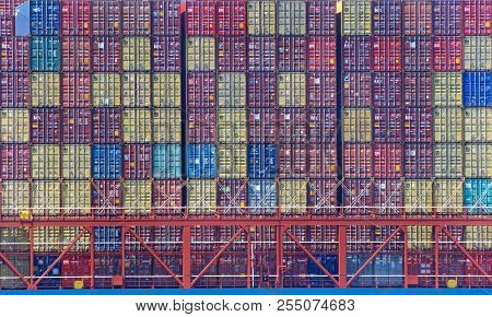 Oakland, Ca - April 13, 2018: The Average Container Ship Can Hold 3,500 Containers. Shipping Contain
