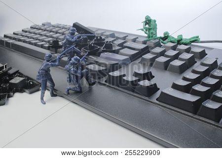 A Fun Of Mini Figure Soldier At Display