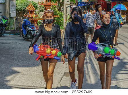Pattaya,thailand - April 18,2018: Soi Buakhaow A Group Of Young Thai Women Is Celebrating Songkran W